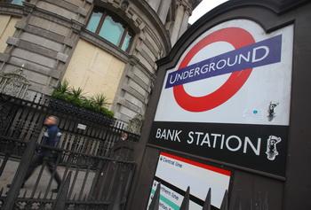 Подземная транспортная система Лондона будет парализована в случае забастовки работников метро