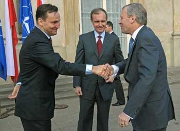 Глава МИД Польши выразил надежду на размещение США элементов ПРО в его стране