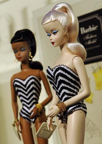 90 09 03 09 bar - Юбилей куклы Барби