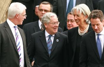 Страны БРИК требуют голосов в МВФ
