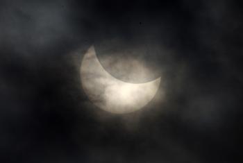 90 22 07 2009 737 - Затмением века называют астрономы затмение Солнца 22 июля