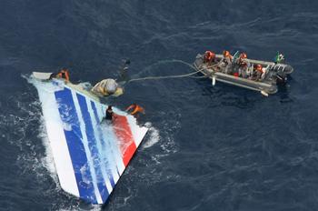 Обнаружены «черные ящики» погибшего авиалайнера А-330