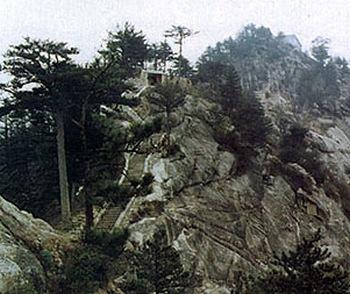 Горы Уданшань – колыбель боевых искусств и Просветлённых
