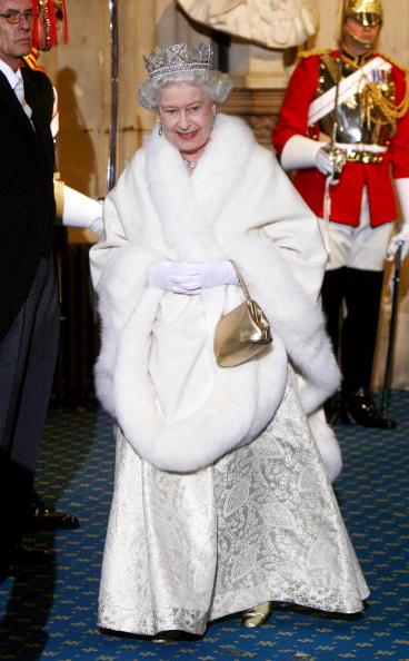 Королева Английская Елизавета II произнесла ежегодную тронную речь. Фотообзор