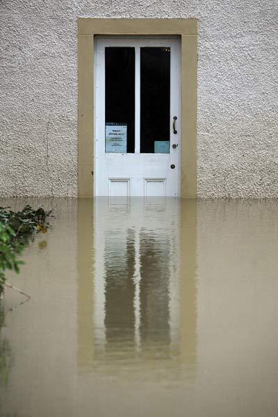 75 velvoda 10 - Великобритания: эвакуация из зон наводнения. Фоторепортаж