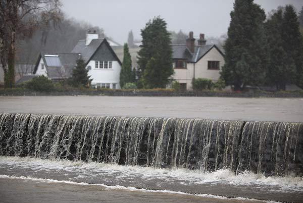 75 velvoda 14 - Великобритания: эвакуация из зон наводнения. Фоторепортаж