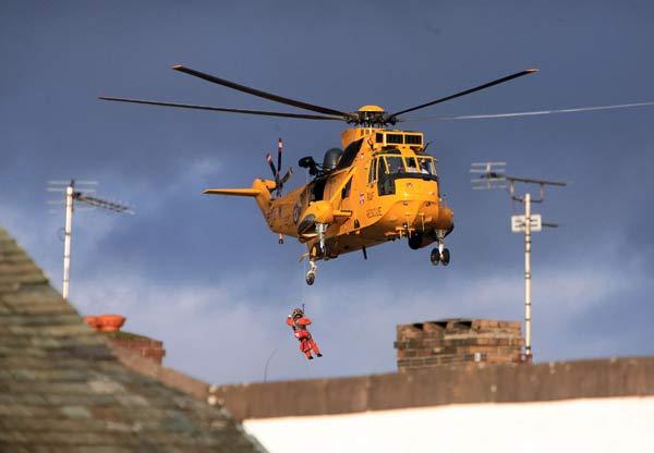75 velvoda 9 - Великобритания: эвакуация из зон наводнения. Фоторепортаж