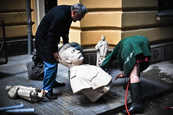 """Суд рассмотрит иск внука Сталина к """"Новой газете"""""""