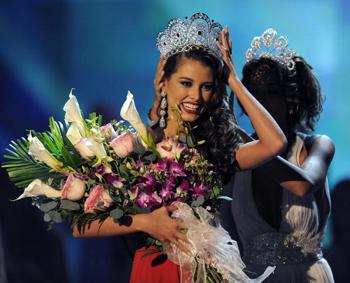 """Представительница Венесуэлы победила на конкурсе """"Мисс Вселенная-2009"""""""