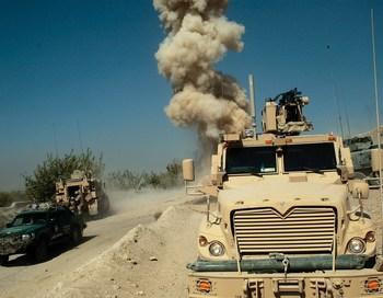 161 07 11 2009 AFGANISTAN - Авиация НАТО нанесла удар по позициям собственных войск