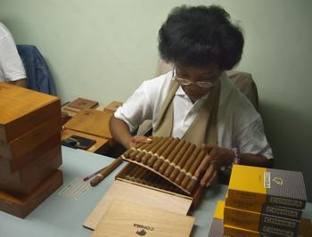 161 12 10 2009 SIGARI - Гаванские сигары — последняя жертва кризиса