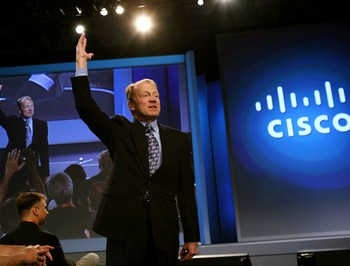 Cisco отучит офисных работников сидеть в социальных сетях