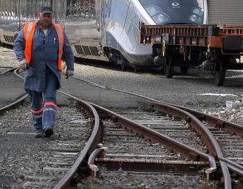 В Турции поезд сошел с рельсов
