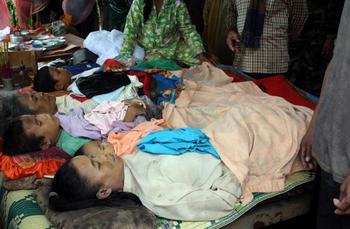 "Во Вьетнаме количество жертв тайфуна ""Кетсана"" уже составило 23 человека"