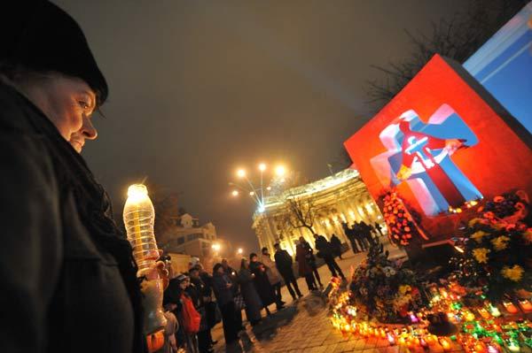 75 golod 9 - В Киеве прошло шествие памяти жертв Голодомора. Фоторепортаж