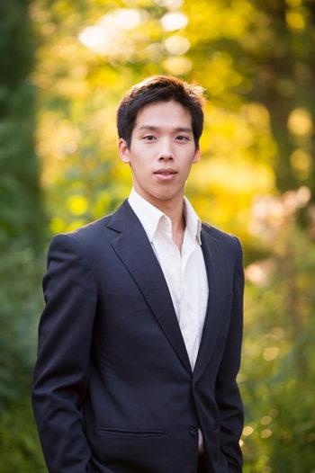 163 Patrick+Trang 080213 - Образ артиста Shen Yun: Патрик Тран