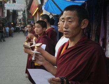 Тибетский монах жестоко избит во время одиночного протеста
