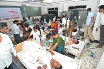 163 Terakt4 260213 - Теракт в Хайдарабаде: 16 человек погибли
