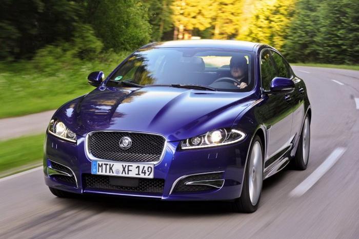 163 Jaguar X avto - Jaguar XF 2,0 получает хороший двигатель