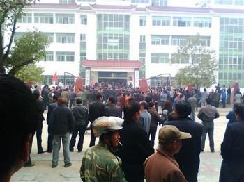 137 0511 kanyi1 - Два крупных народных бунта вспыхнули в Китае
