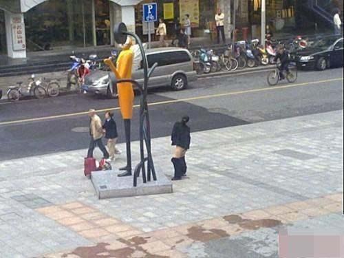137 u91 2411 tuoku2 - В Китае не хватает туалетов