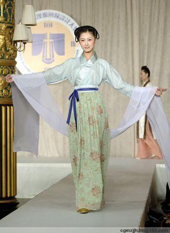 149 36890110 - «Величие единства Неба и Человека» отражено  в традиционной китайской одежде