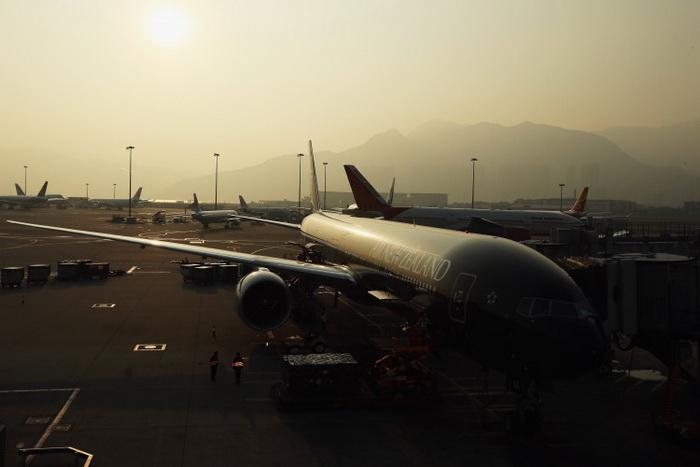 161 Hong Kong Airport 1212 - 714 чиновников Китая в праздники сбежали за рубеж