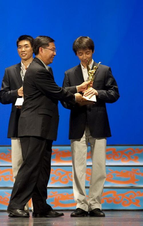 Гонконг возмущён вмешательством китайских властей в ход проведения танцевального конкурса