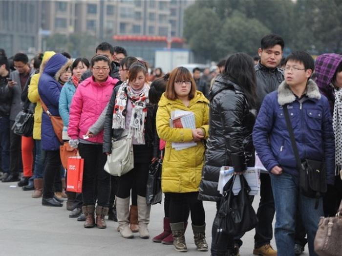 161 job seekers 912 - Премьер-министр Китая предупреждает об экономических трудностях
