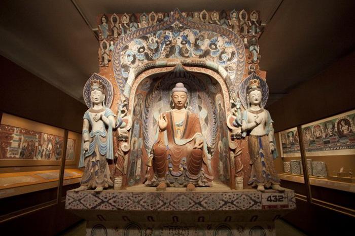 163 Dunhuang Samira+Bouaou 2 - Пещеры Дуньхуан прибыли в Нью-Йорк