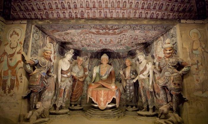 163 Dunhuang Samira+Bouaou 3 - Пещеры Дуньхуан прибыли в Нью-Йорк