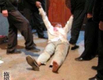 92 Aresti 350  - Отделения полиции соревнуются в ловле инакомыслящих