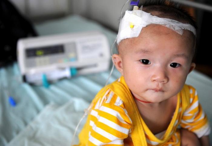126 12 03 13 MOLOKO - Китайцы привозят сухое молоко из-за границы