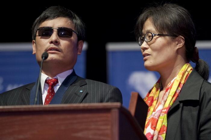 Американские конгрессмены призывают положить конец преследованиям семьи Чэнь Гуанчэна