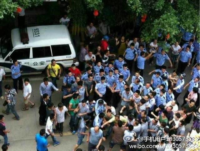 142 gana14 - Китайцы обвинили чиновников в нежелании помогать избитым в Гане соотечественникам