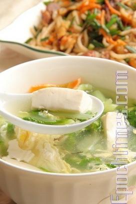 Суп из китайской капусты с соевым творогом