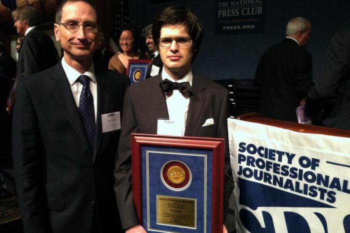 163 Matt+and+John china - Журналист получил награду за репортажи о насильственном извлечении органов