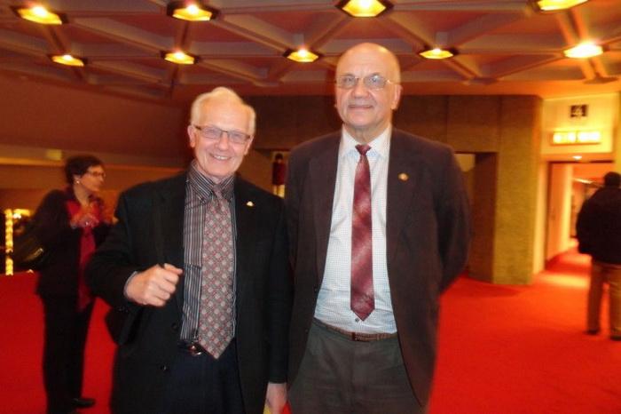 191 Ottawa EET Renownedphysicist - Известные физики отметили годовщину дружбы посещением Shen Yun