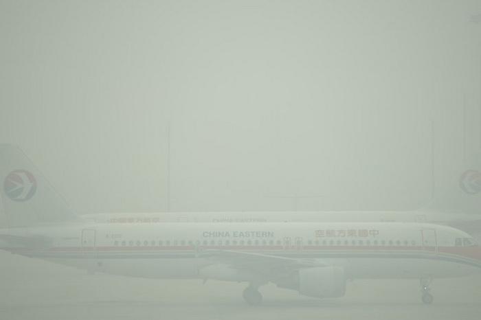 В Китае повысили требования к пилотам из-за частого смога