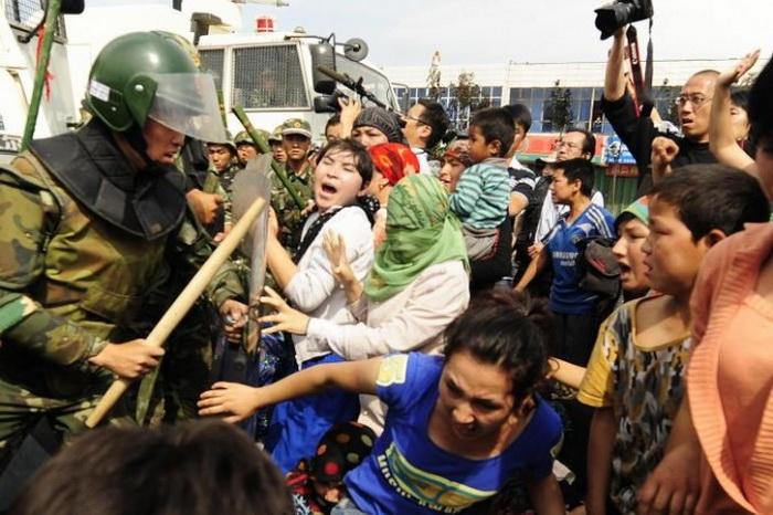191 china 030114 - В Китае арестовали фермеров, требовавших вернуть им отобранные земли