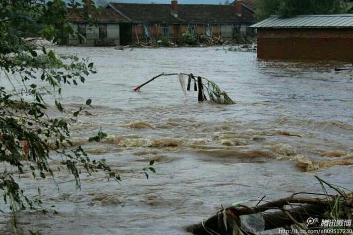 Наводнение на северо-востоке Китая: около 40 человек погибло