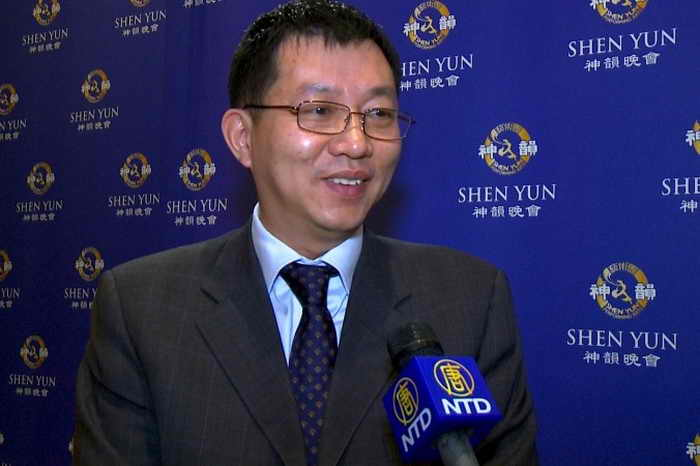 197 Wang Commentator - Китайский комментатор: Shen Yun заставил меня ощутить гордость за свою нацию