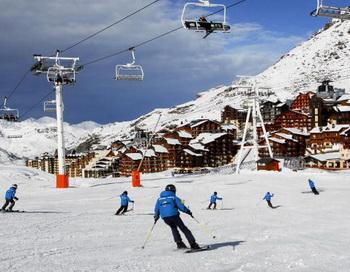 126 11 06 10 KURORT - Арабские Эмираты готовы инвестировать в горнолыжный курорт на Северном Кавказе