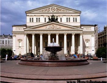 Для полной реконструкции Большого театра не хватает 9 млрд. рублей