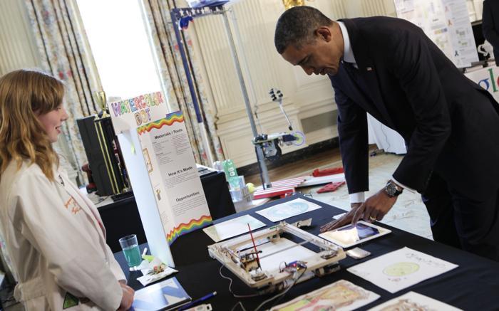 200 230413Obama 06 - Научная ярмарка прошла в Белом доме