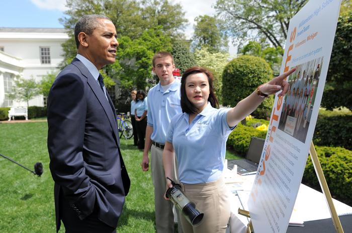 200 230413Obama 13 - Научная ярмарка прошла в Белом доме