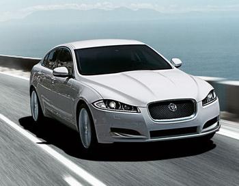 Jaguar  выпустил  универсал XF Sportbrake