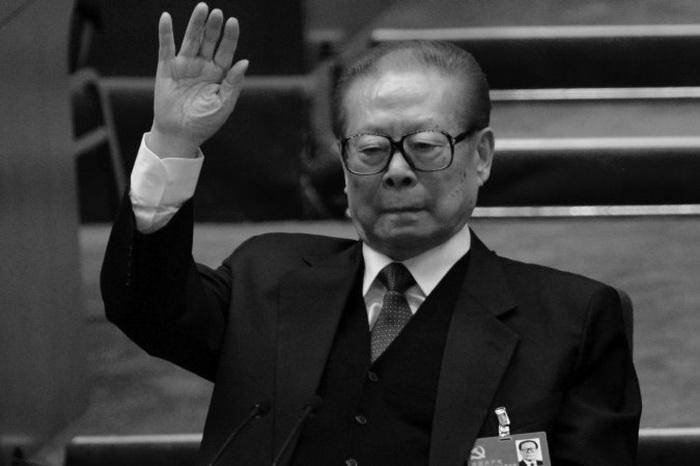 Что означает недавнее появление Цзян Цзэминя в СМИ?