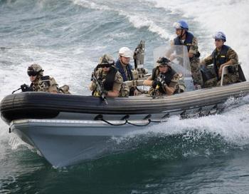 ЕС продолжит борьбу с пиратством в Африке