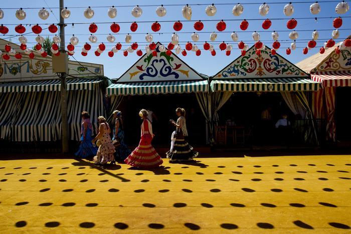 Праздник фламенко начался на апрельской ярмарке в Севилье